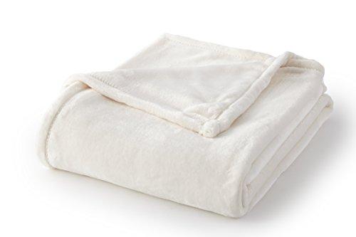 Full//Queen Fraiche Maison Italian Tile Hot Pressed Velvet Plush Blanket Oatmeal Sun Yin USA Inc BKT1507114-SYQ-OMEL