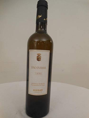 50 cl montilla-moriles alvear fino en rama blanc 2006 - espagne: une bouteille de vin.