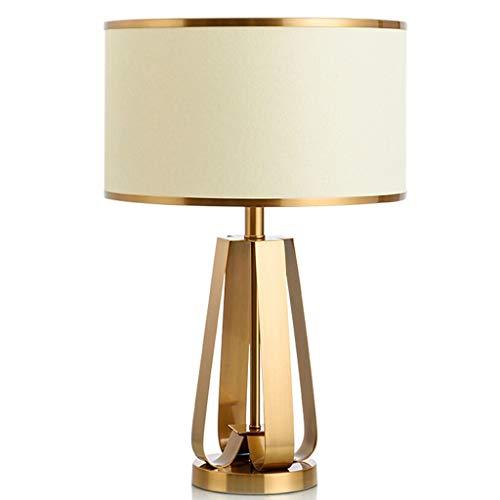 Lampe de bureau Moderne Européenne Lampes De Table Salon Décor Chambre À Coucher Table De Nuit Lumières Tissu Ombre En Métal Creative Décoration