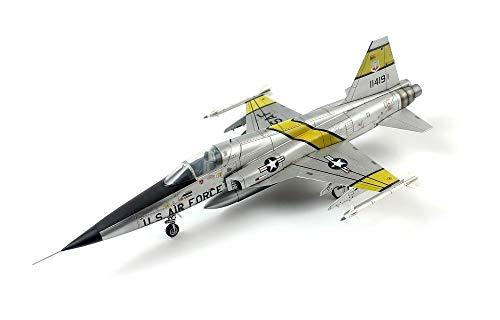 ドリームモデル 1/72 アメリカ海軍 F-5E タイガー2 初期型 プラモデル DMO720013