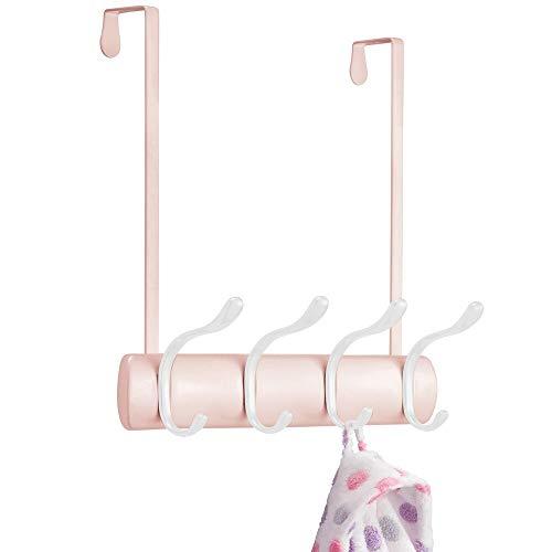 mDesign Práctico Perchero de Puerta – Percha con 8 Ganchos para Colgar para la Cocina, el recibidor o el baño – Colgador de Ropa para Abrigos, Chaquetas, Bufandas o Toallas – Rosa/Blanco