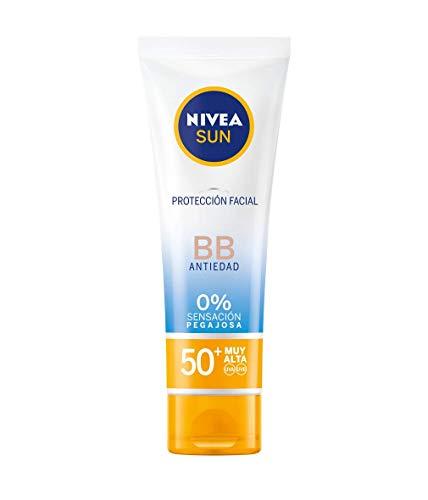 NIVEA SUN Protección Facial UV BB Anti-edad FP 50+ (1 x 50 ml), crema solar facial con 0% sensación pegajosa, crema facial antiedad, protector solar con color para un bronceado uniforme