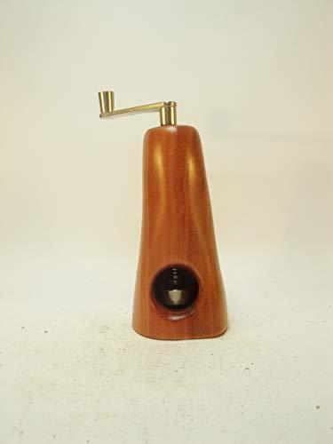 Muskatmühle Unikat aus Zwetschgenholz mit schweizer Schneidwerk