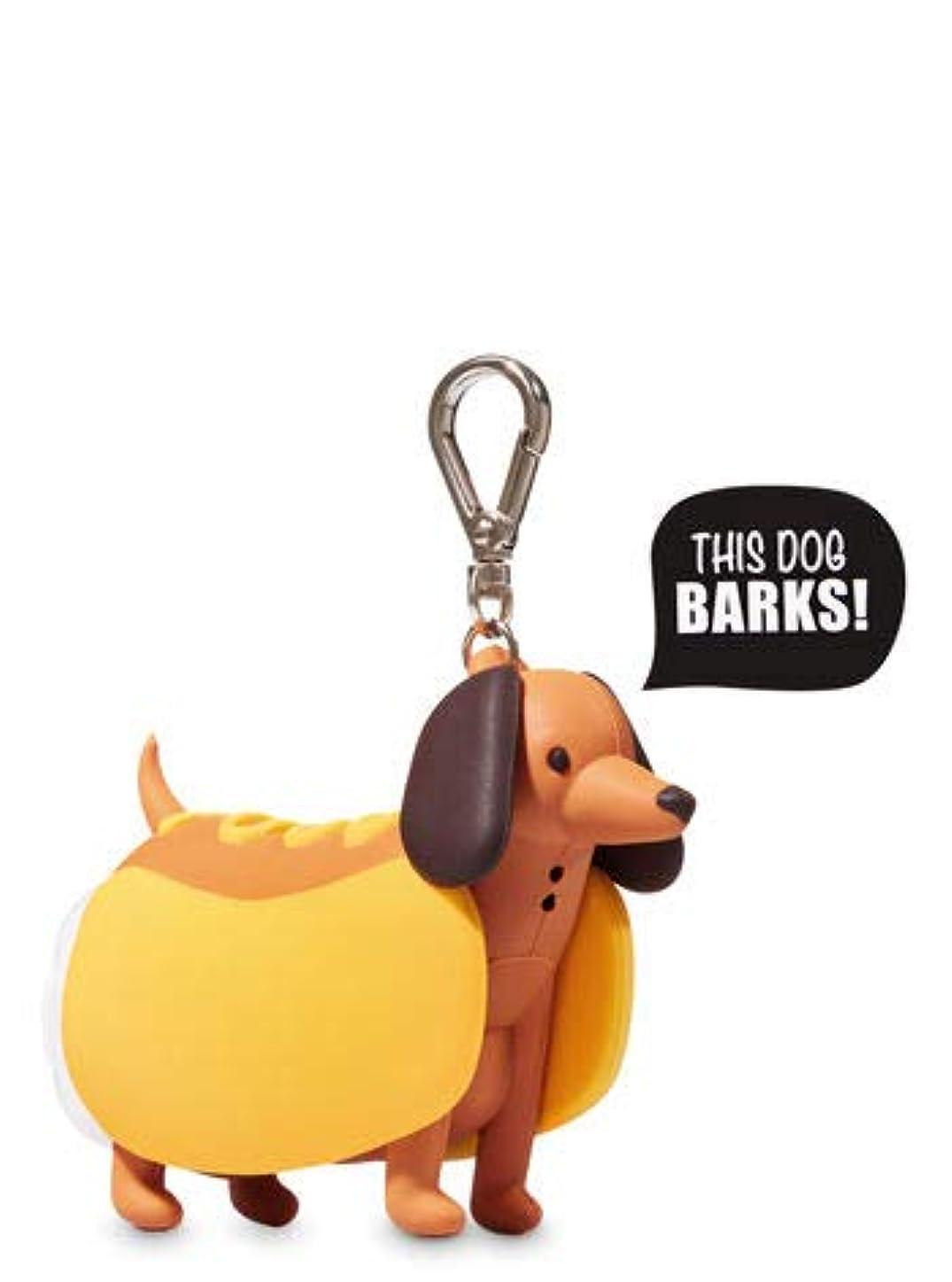 感心する電化する発音する【Bath&Body Works/バス&ボディワークス】 抗菌ハンドジェルホルダー バーキングホットドッグ Pocketbac Holder Barking Hot Dog [並行輸入品]