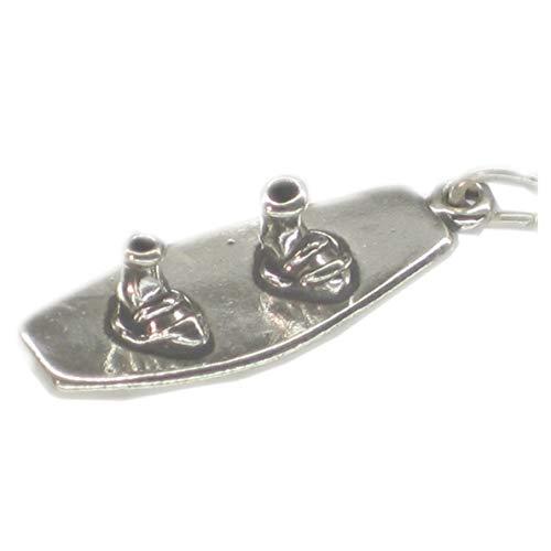 Ciondolo a forma di wakeboard in argento sterlng.