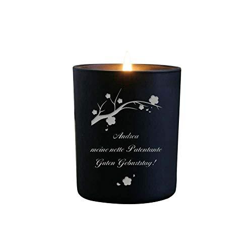 Kerze mit gravur - gravierte Duftkerze personalisiert mit Namen und Botschaft, Duft Vanille - 35 Stunden Brenndauer - ein Hauch von Frühling - Geschenkidee zu Weihnachten, zum Geburtstag, Valentinstag