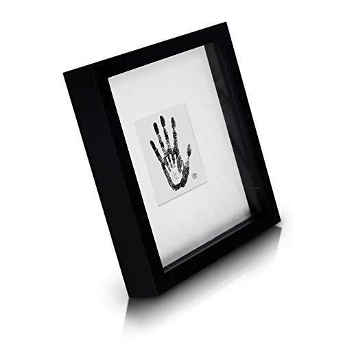 Classic by Casa Chic - Cornice Box per Foto 23x23 cm - Nera - 4.5 cm di profondità per Un Effetto Ombra 3D - Passepartout per Foto 10x10 cm - Vetro stratificato - Legno