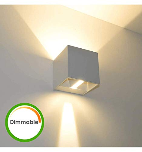 KOSILUM - Lampe murale LED variable 6W - Cubic Blanc - EN SOLDES ! - Lumière Blanc Chaud Eclairage Salon Chambre Cuisine Couloir - 6,8W - 500 lm - LED intégrée - IP54