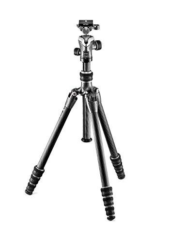 Gitzo GK0545T-82TQD Traveler Stativ mit Kugelkopf (superkompakt, faltbar und leicht, kurze Säule für Aufnahmen auf Bodenhöhe inklusive Serie 0 - 4 Segmente) carbon
