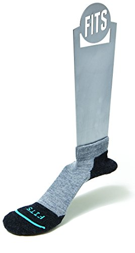 FITS Light Runner – Low: Stylish Men's Run Socks, Low Rise for Workouts, Track and Trail Running, Crossing Training, and Fitness That Stay in Place through any Exercise, Lt Grey, XL