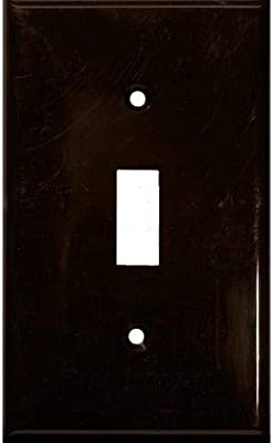 Oil Rubbed Bronze Questech Corporation SWP402-70 1 Toggle Screwless Cast Metal Wall Plate