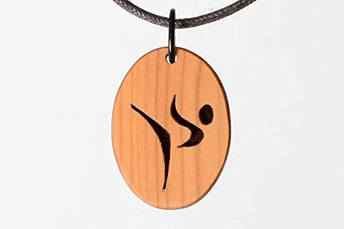 Karate Karateschmuck Karateanhänger. Handgemacht für die Freunde von Judo, Kendo, Tai Chi.