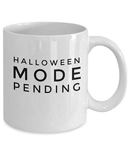 Taza de café con forma de Halloween en pendiente, divertido regalo para hombres, mujeres, niños, él y ella, taza de cerámica blanca, 11 onzas