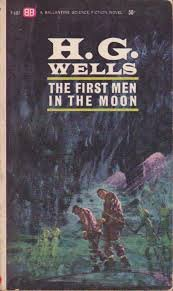 Paperback First Men in the Moon Book