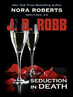 Hardcover Seduction in Death [Large Print] Book