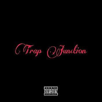 Trap Junction