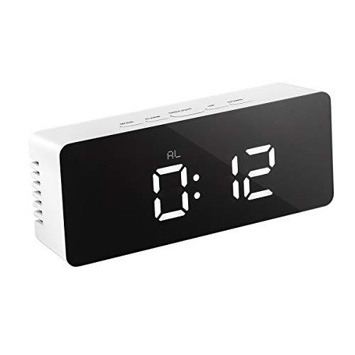 LEDMOMO LED Despertador Digital con Espejo con Termómetro de Interio Dos Tipo Alarma y Snooze para Dormitorio Oficina Funciona con Pilas Alimentado por USB (Plateado rectángulo)