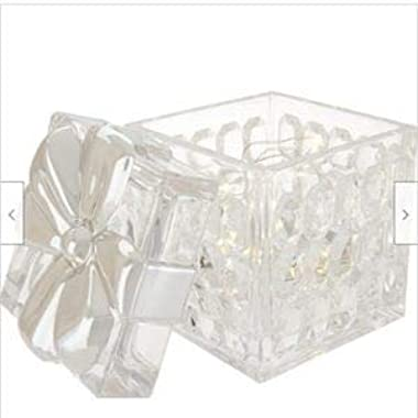 "Valerie Parr Hill 5.5"" Illuminate Faceted Glass Square Present with Metallic Bow (Gold)"