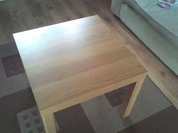 Ikea - Mesa de salón para lámparas