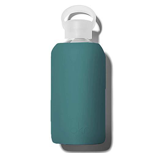 bkr Wasserflasche aus Glas, BPA-frei, Silikonhülle, Wacholder, blickdicht, moosblau, grün, auslaufsicher, schmaler Hals, spülmaschinenfest, 473 ml