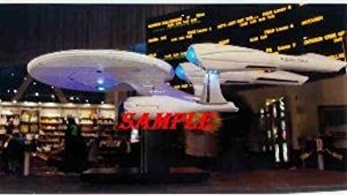 Star Trek 2009 New Starship Enterprise in Theatre Close Up 8 x 10 Photo