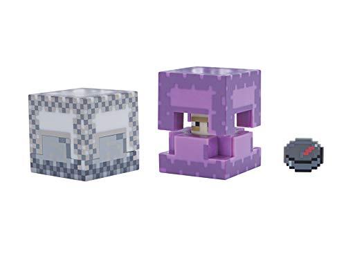 Ricrea scene del videogioco di successo, Minecraft 7,6cm scala Altamente dettagliato e completamente articolato Viene fornito con la sua propria Minecraft accessori Creare, costruire e personalizzare il proprio mondo di Minecraft.