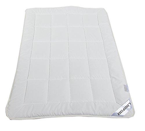 Luxusfeder - Atmungsaktive allergikergeeignete Bettdecke | Kinderbettdecke 100x135 cm | Öko-Tex zertifiziert