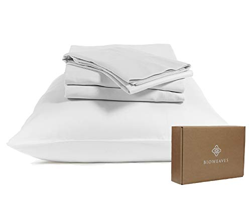 BIOWEAVES 100% Organic Cotton Sheets 300 Thread Count 4-Piece GOTS Certified Bed Sheet Set That Fits Mattress Upto 17' Deep Pocket, Soft & Silky Sateen Weave (Queen, White)