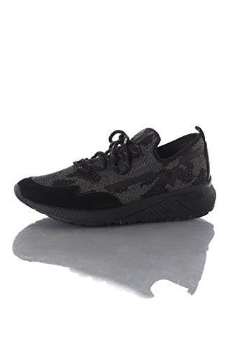 Diesel Herren SKB S-KBY Y01534 Sneakers, Schwarz (T8013 T8013), 46 EU