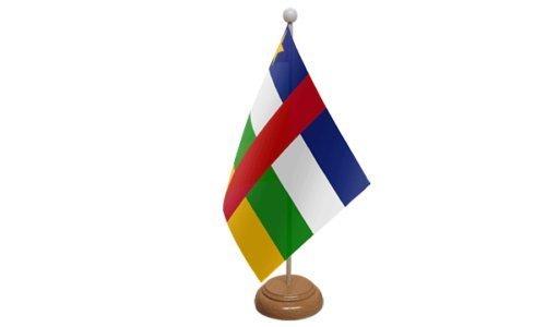 Central Africain Republic PETIT DRAPEAU DE TABLE AVEC SOCLE EN BOIS + 59mm Insigne de bouton