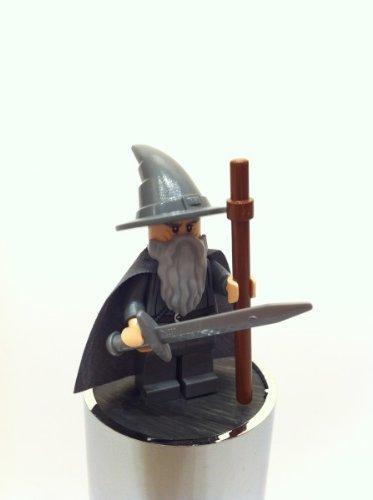 LEGO La minifigura de Gandalf del Hobbit de 79010.