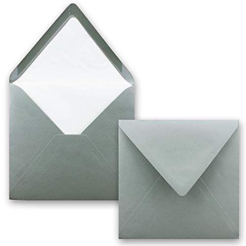 Sobres cuadrados de 16 x 16 cm forrados con forro de seda blanco, color 34 - Grafito....