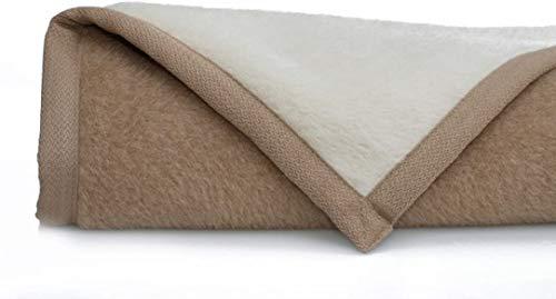Ritter - Coperta in alpaca morbida, 150 x 220 cm, colore: Crema/cammello 100% alpaca (non colorata) di produzione propria, adatta come coperta e coperta