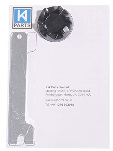 accoppiatore di ricambio per un frullatore Kitchenaid KSB5 / KSB52 con uno strumento chiave KAParts per aiutare a rimuovere il vecchio accoppiatore.