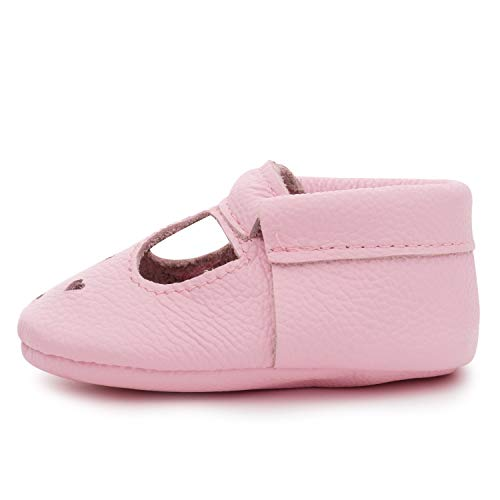 When to Buy Baby Girl's First Shoes