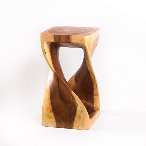 Gedrehter Hocker aus Holz, Holzhocker Natur und massiv, 50 x 28 x 28 cm geeignet auch als Beistelltisch, Blumenständer oder Blumensäule