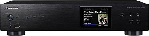 Apple Airplay, DLNA 1.5, Spotify, vTuner Internet Radio, 2x USB (frontale e posteriore), supporta iPhone/iPod, incl. funzione di ricarica Canali separati Ultra DAC di alta qualità Sabre32 con 2 canali interni paralleli, funzione convertitore D/A per ...