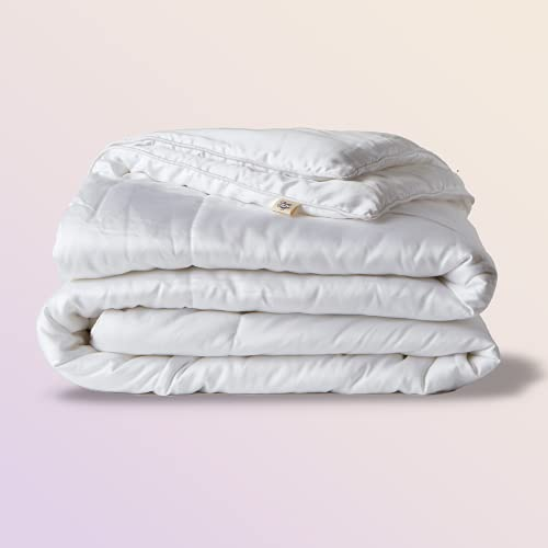 Sheets & Giggles Eucalyptus, Down Alternative Comforter. Just Like Our Eucalyptus Lyocell Sheet Sets, Our Soft, Fluffy Eucalyptus Comforter is Cooling and Allergen-Free – King, White