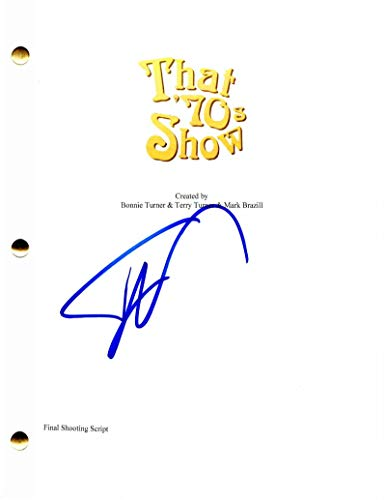TOPHER GRACE SIGNED AUTOGRAPH - THAT '70S SHOW FULL PILOT SCRIPT - WILMER VALDERRAMA, MILA KUNIS, ASHTON KUTCHER, DANNY MASTERSON, LAURA PREPON, DEBRA JO RUPP, BLACKKKLANSMAN, SPIDER-MAN 3, TRAFFIC, MONA LISA SMILE, INTERSTELLAR, DAVID DUKE