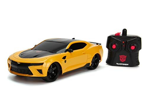 Jada Toys Transformers Bumblebee 2016 Chevy Camaro - Coche teledirigido con 2 Canales, Control Remoto de 2 Canales, avanza hacia atrás, Izquierda y Derecha, función de Carga USB, Color Amarillo