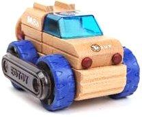 Véhicule de chantier en bois - Transformobile : SUV