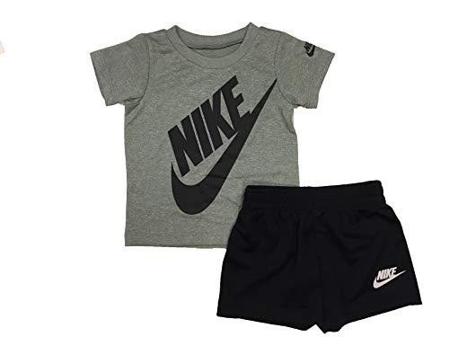 Nike Boy`s Dri-Fit T-Shirt & Sh…