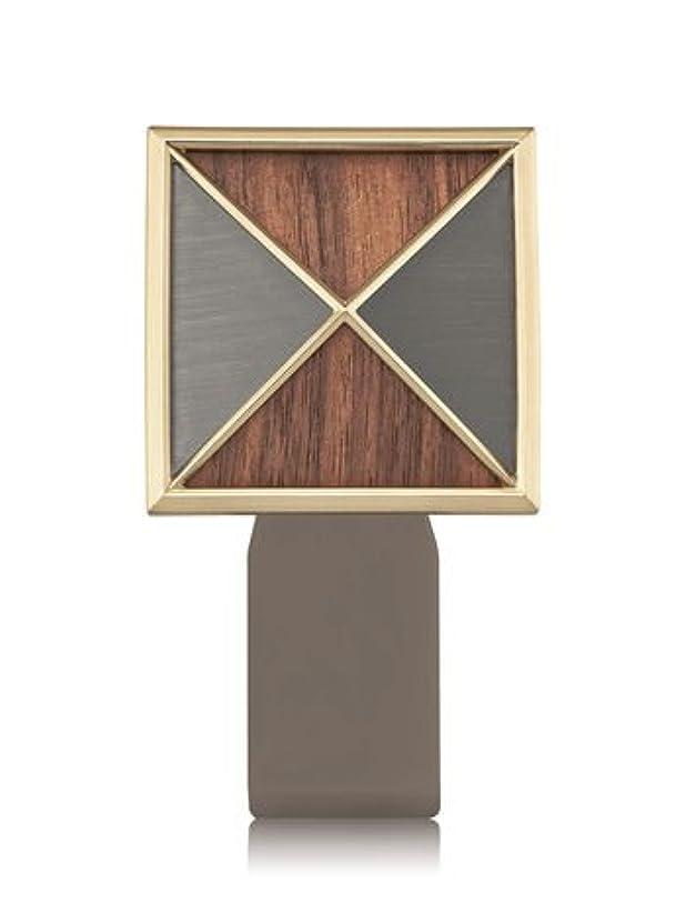 きゅうり哲学的共同選択【Bath&Body Works/バス&ボディワークス】 ルームフレグランス プラグインスターター (本体のみ) テクスチャーシールド Wallflowers Fragrance Plug Textured Shield [並行輸入品]