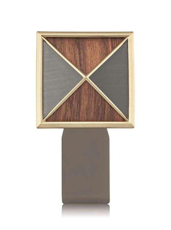シネマ衝突する列車【Bath&Body Works/バス&ボディワークス】 ルームフレグランス プラグインスターター (本体のみ) テクスチャーシールド Wallflowers Fragrance Plug Textured Shield [並行輸入品]