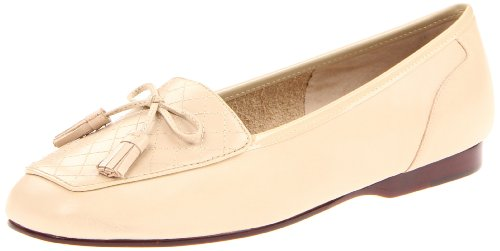 ENZO ANGIOLINI Women's Lizzia Tassle Loafer,Light Natural,7.5 M US