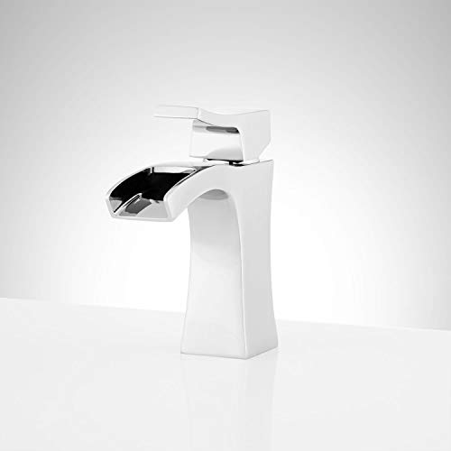 Signature Hardware 948584 Vilamonte 1.2 GPM Single Hole Bathroom Faucet with Pop-Up Drain Assembly