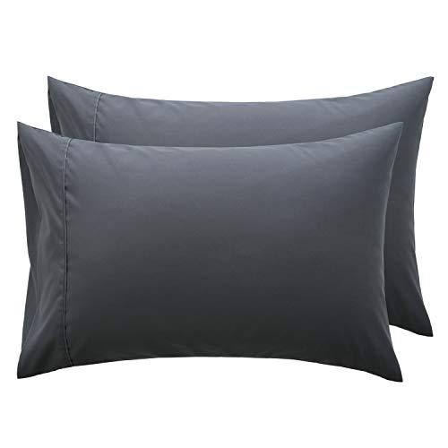 Bedsure Taies d'oreiller 50 x 70 cm Gris - Lot de 2 Housses Oreiller Rectangulaire en Microfibre Brossée, Protège Oreiller avec Fermeture à Enveloppe
