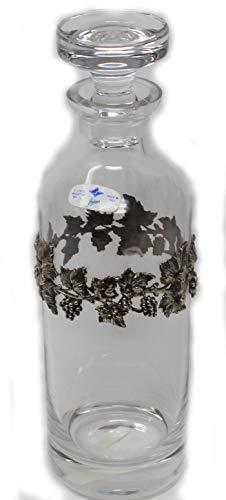 Fles van kristalglas met zilveren versieringen
