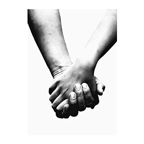 QQDSB Pareja Amorosa tomados de la Mano Ilustración en Blanco y Negro Sala de Estar Arte de la Pared Carteles Impresiones en Lienzo Decoración para el hogar -20x28 Pulgadas Sin Marco 1 PCS