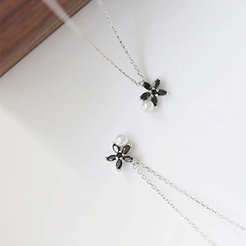『甘い銀色のデイジーの花のネックレスの女性の黒ジルコン梨鎖骨チェーンチョーカー-』の3枚目の画像